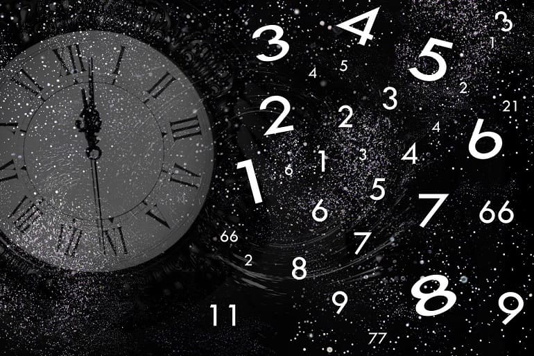 Часы цифры звезды